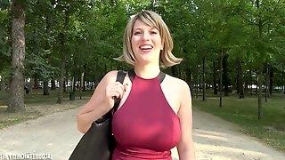 28 yo Milena hot french porn video