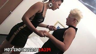 Blond tattooed lesbian Alyson Queen finger fucks naughty brunet hottie